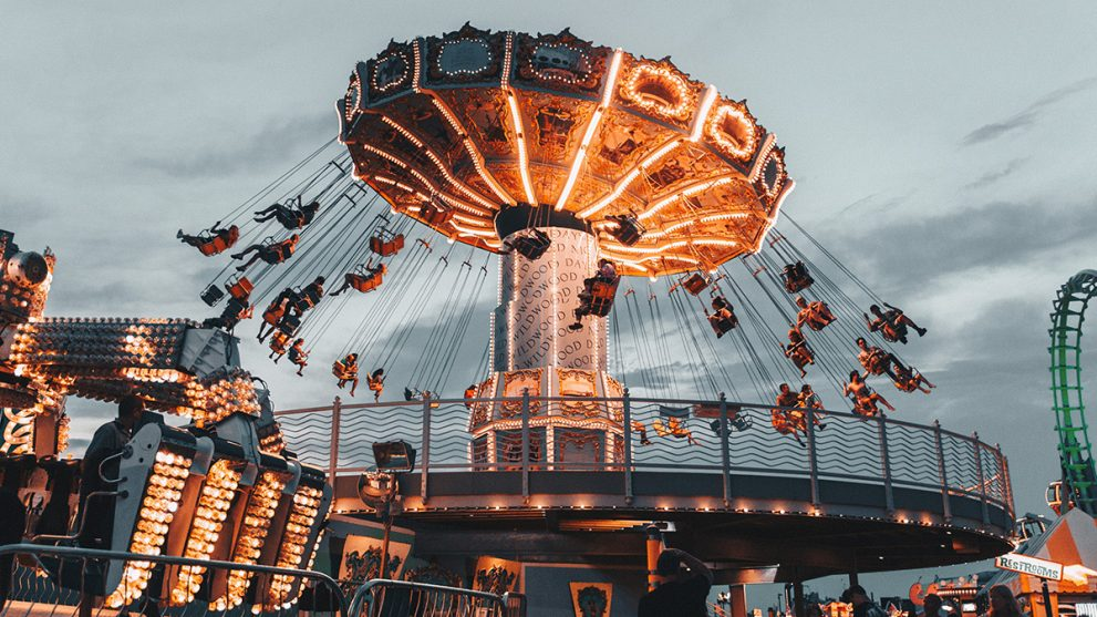 Top 10 Things to Bring to an Amusement Park